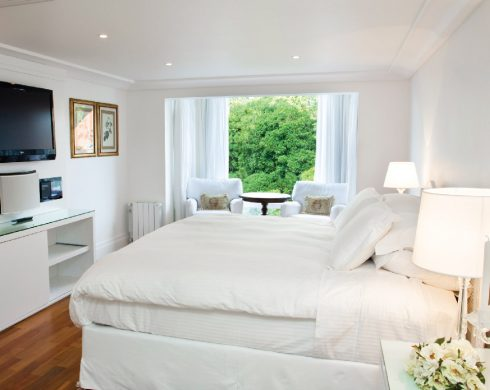 fotos_internas-acomodacoes-hotel-em-gramado-apartamento-dos-principes-28-03