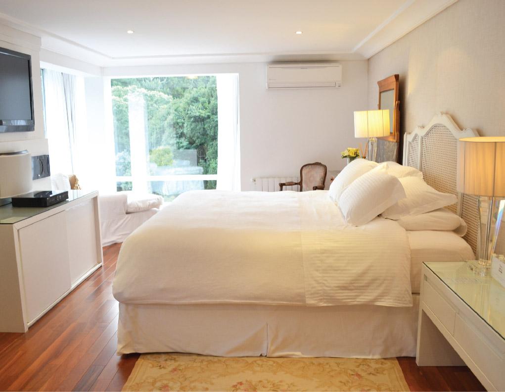 fotos_internas-acomodacoes-hotel-em-gramado-apartamento-dos-principes-29-02